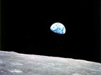 The famous Earthrise picture